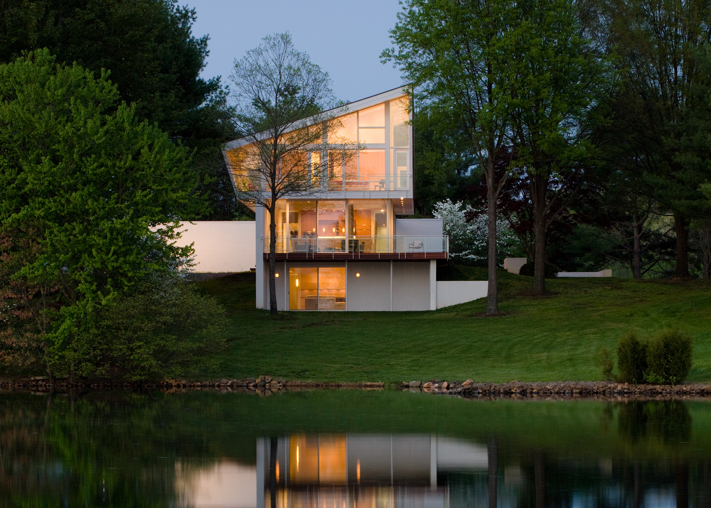 Buisson Residence by Robert Gurney