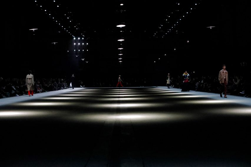 United Visual Artists creates prismatic light installation for ... 95cdff9949b