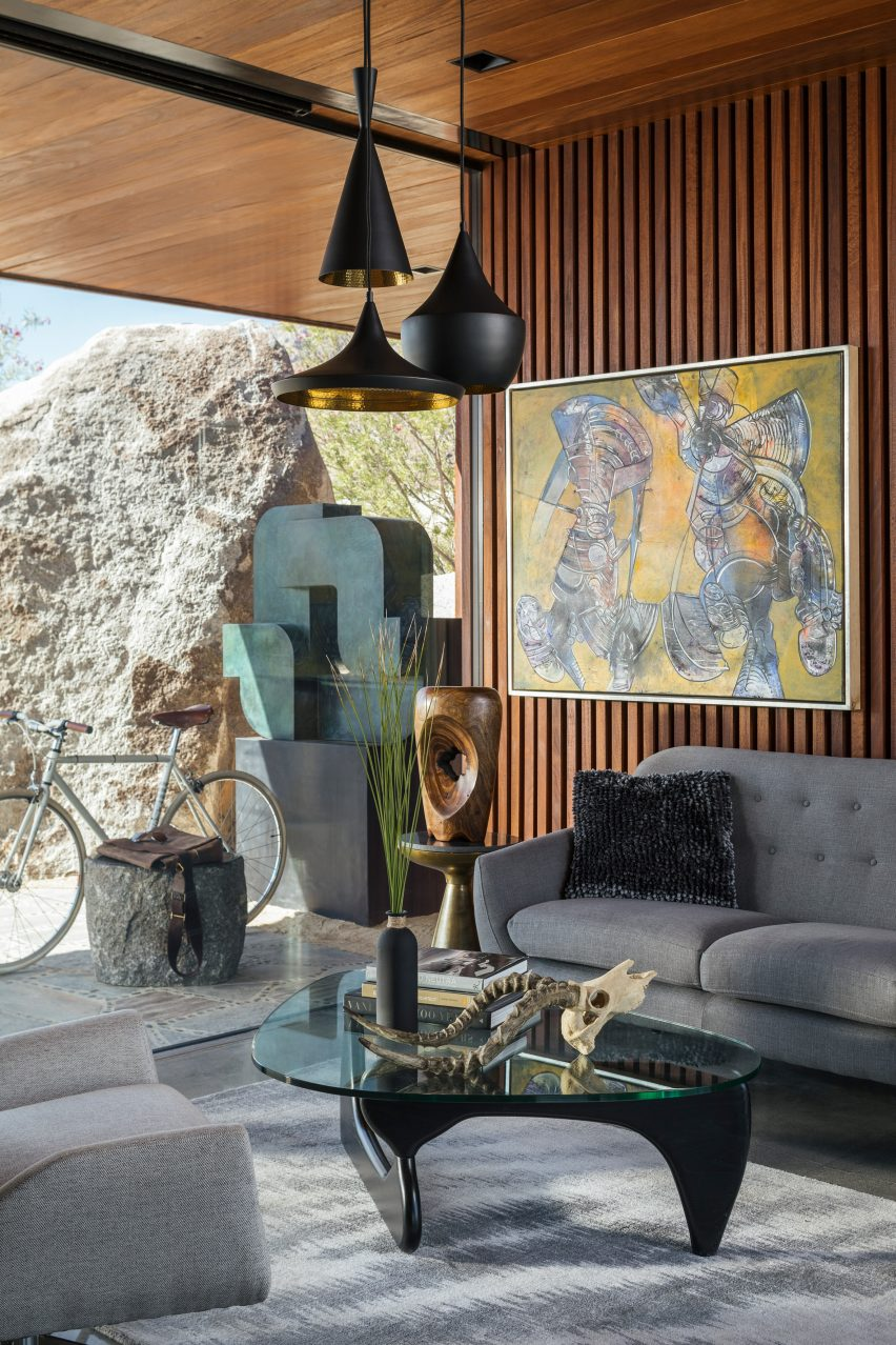 Desert Palisades Guardhouse by Studio AR+D