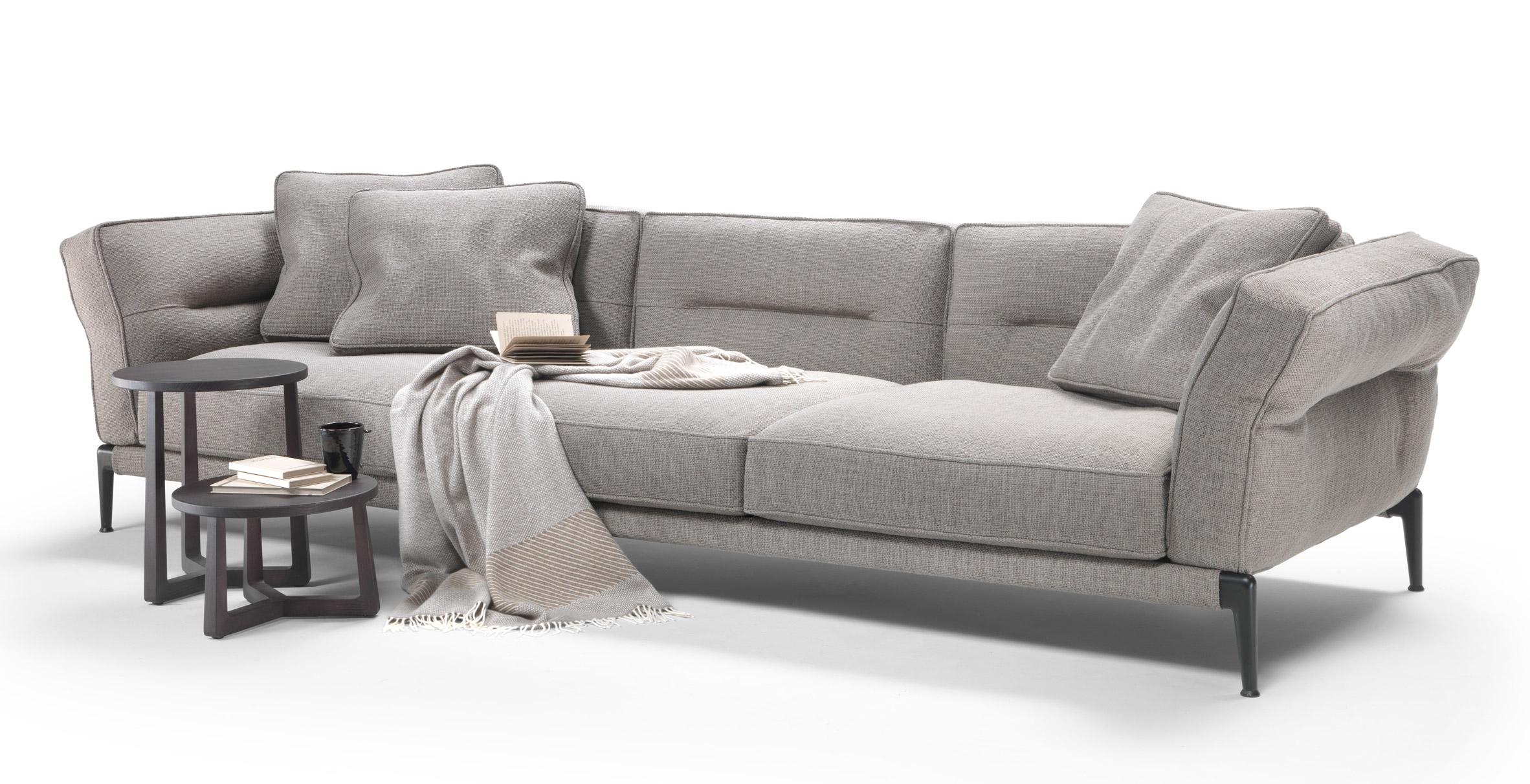 Antonio Citterio designs sofa with linear creases for Flexform