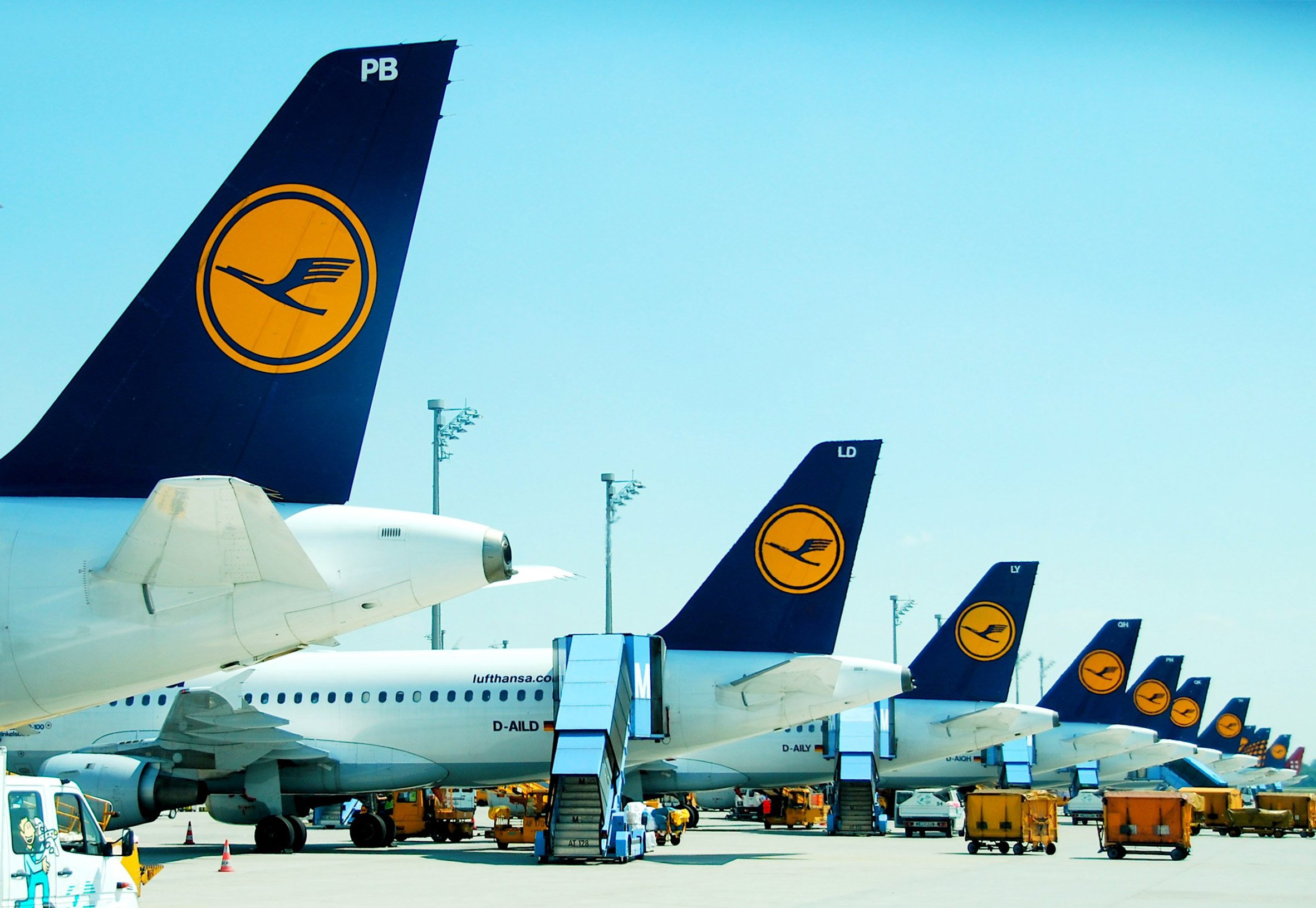 """3Novices:Lufthansa attacked for """"bland and pointless ..."""