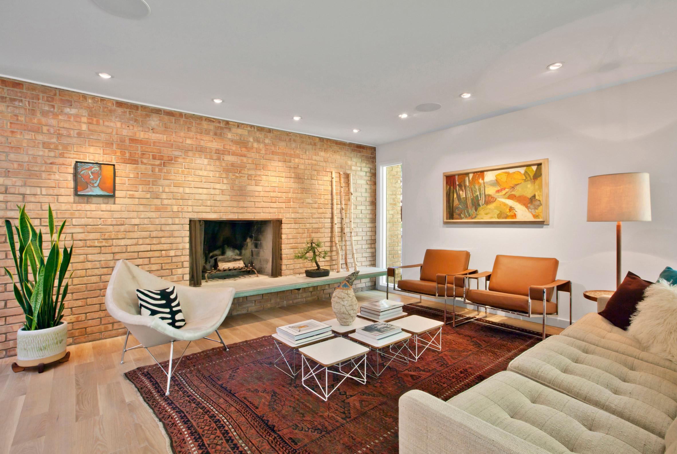 3novices haus overhauls midcentury modern home in the - Mid century interior design ...