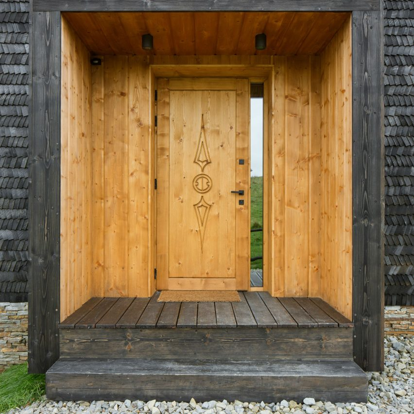 10 entrances that involve sliding, pivoting and rotating doors | Dezeen