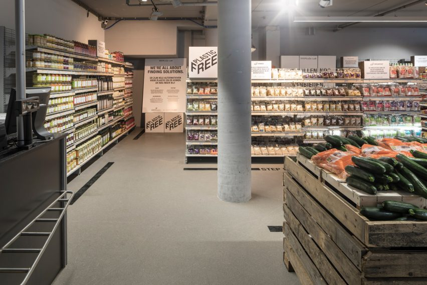 World's first plastic-free supermarket aisle opens in Amsterdam