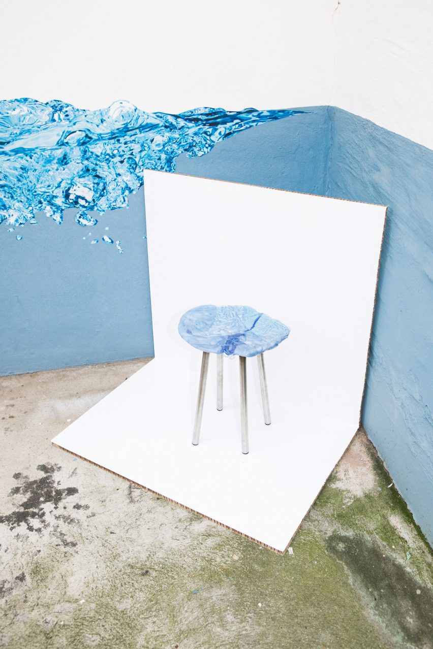 A group of four German designers have turned the oddly-shaped plates of raw plastic that pour out of injection-moulding machines during production, into stool seats.
