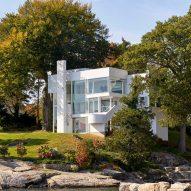 Richard Meier's 1960s Smith House captured in new photographs