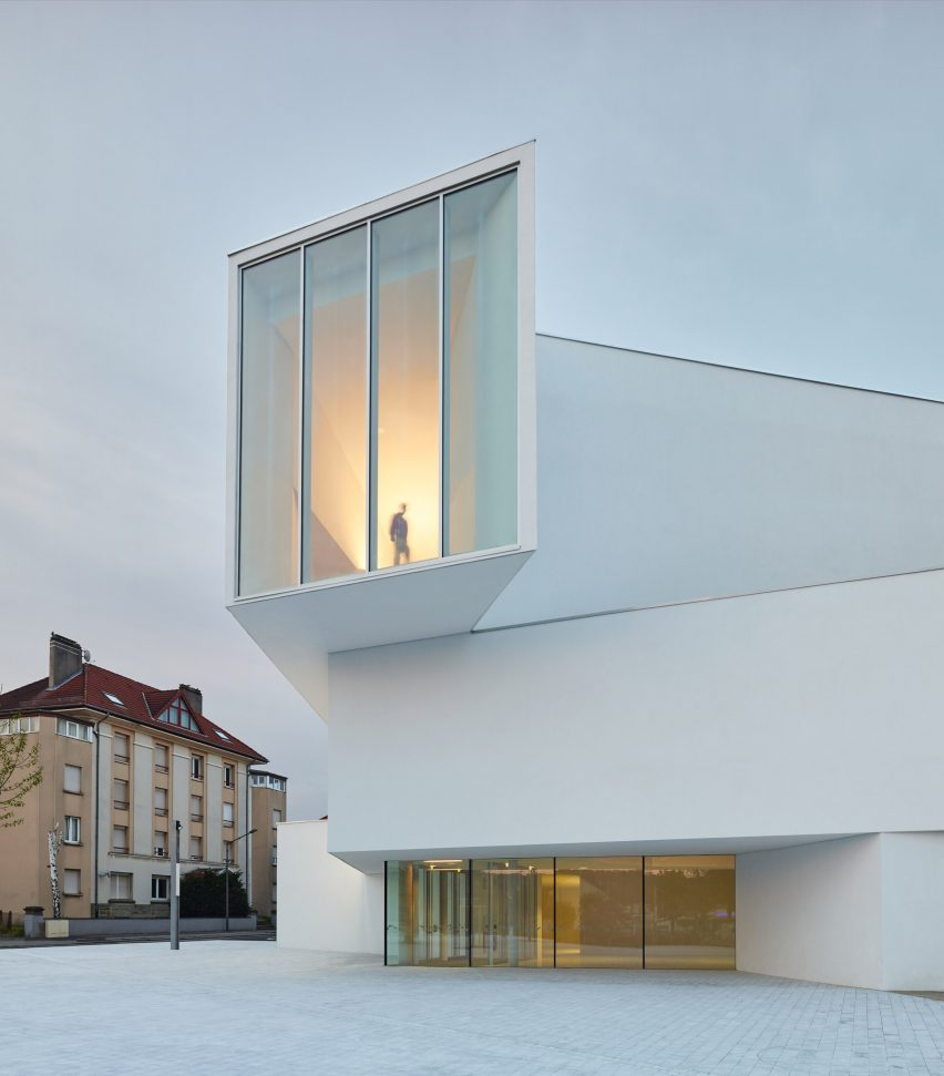 Theater in Freyming-Merlebach by Dominique Coulon & Associés