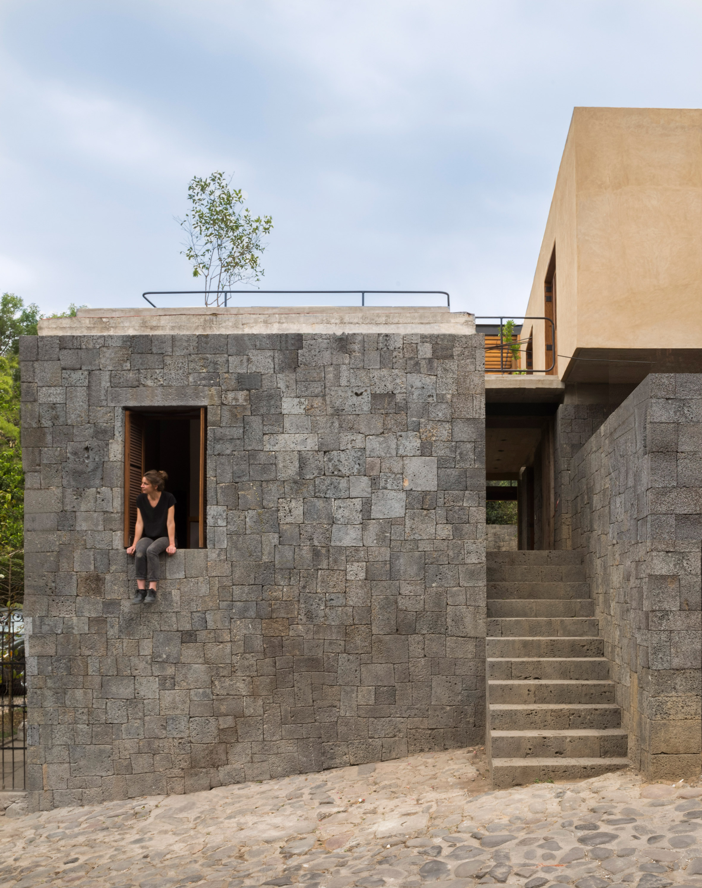 Rozana Montiel pairs wood and stone for lush garden home outside Mexico City