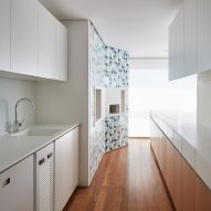 AML Apartment by David Ito Architecture