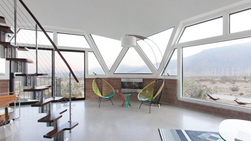 Pavlina Williams transforms mid-century dome house with angular windows