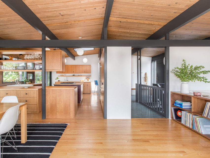 Mid Century Home In Seattle Undergoes, Mid Century Modern Furniture Seattle