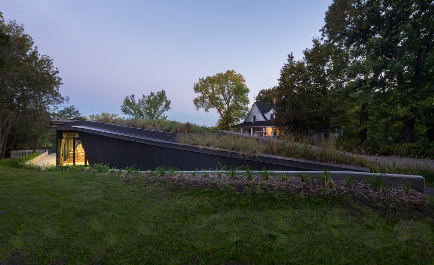 Landscape Pavilion by Anne Carrier architecture