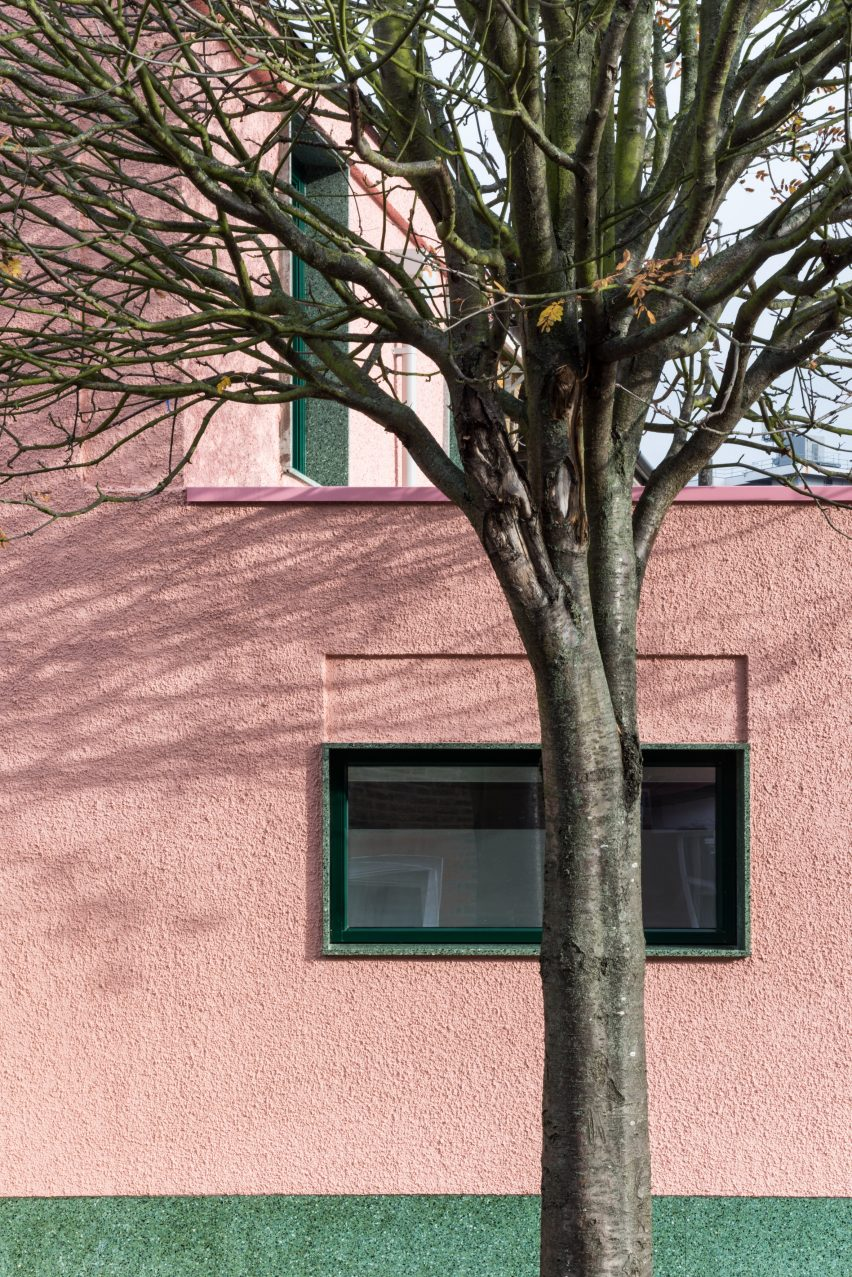 Pink-and-green house by Office S&M is an antidote to London's bland rental market