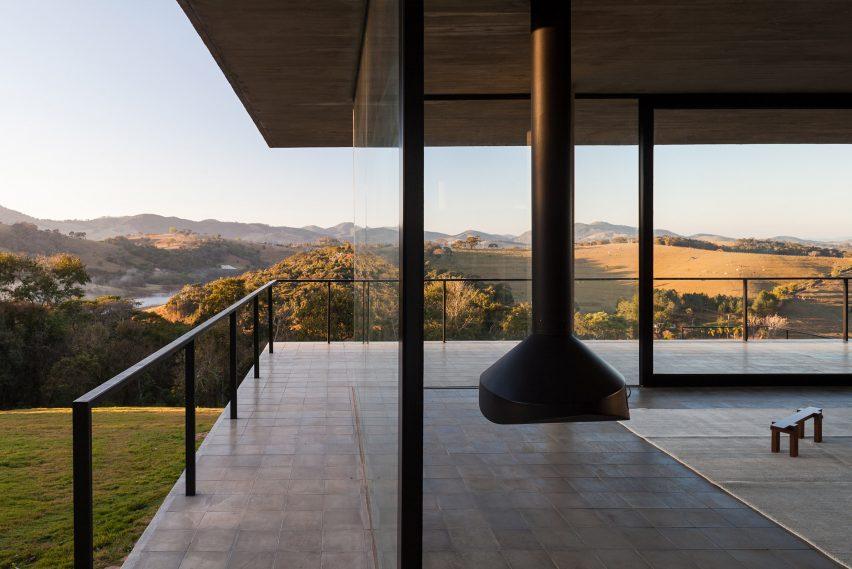 Moenda House by Felipe Rodrigues arquiteto