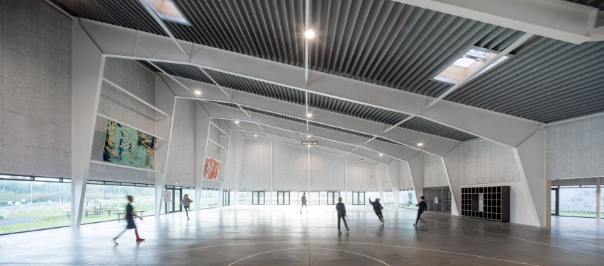 Multi-purpose Sports and Community Facility by Nord Architects