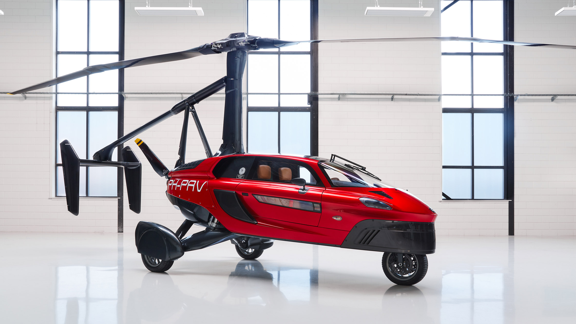 """World s first"""" mercial flying car unveiled at Geneva Motor Show"""