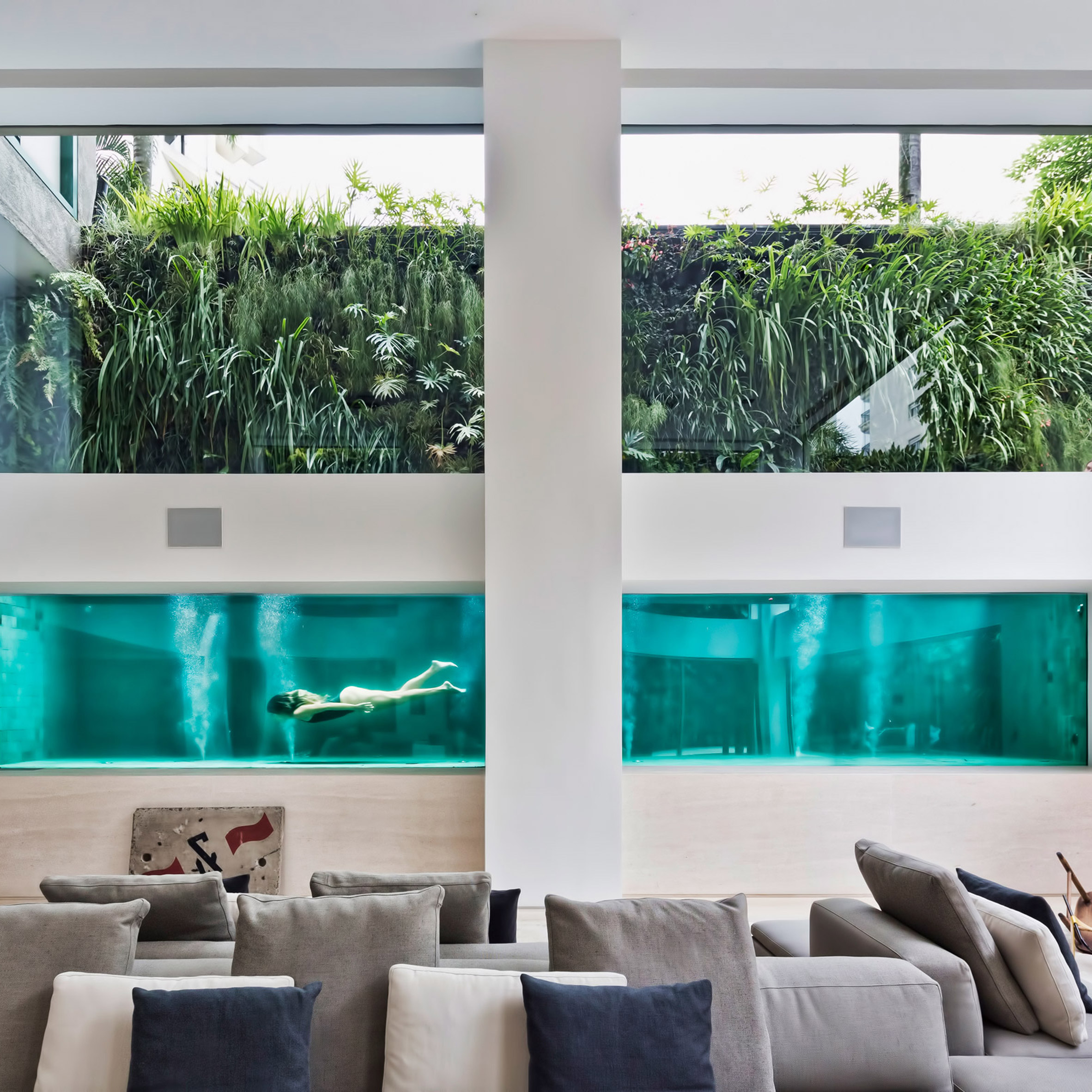 Architectural swimming pools: Panorama by Fernanda Marques
