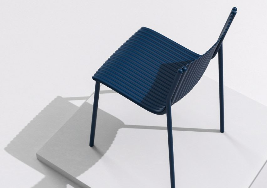 Ilseop Yoon creates pleated chairs from sheets of aluminium