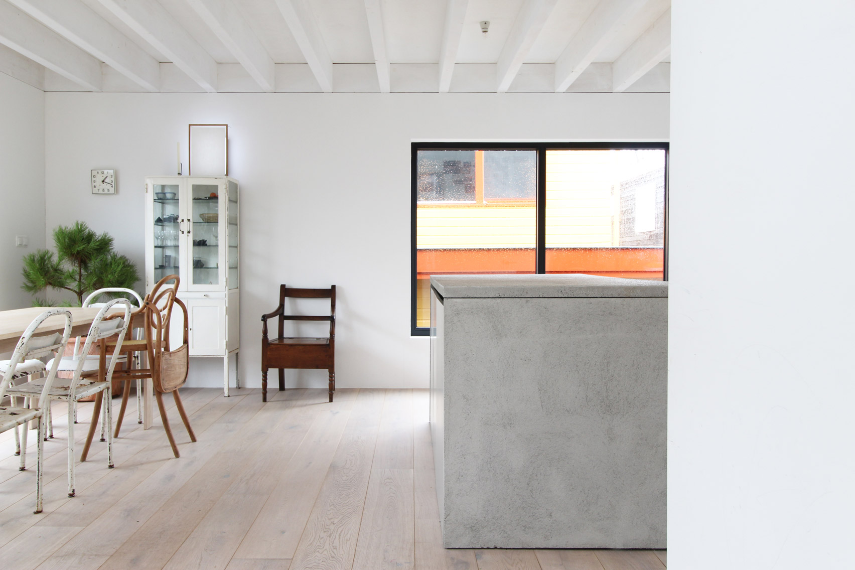 Julius Taminiau creates compact living spaces inside Japanese ...