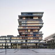 Staggered towers form university campus in Hangzhou