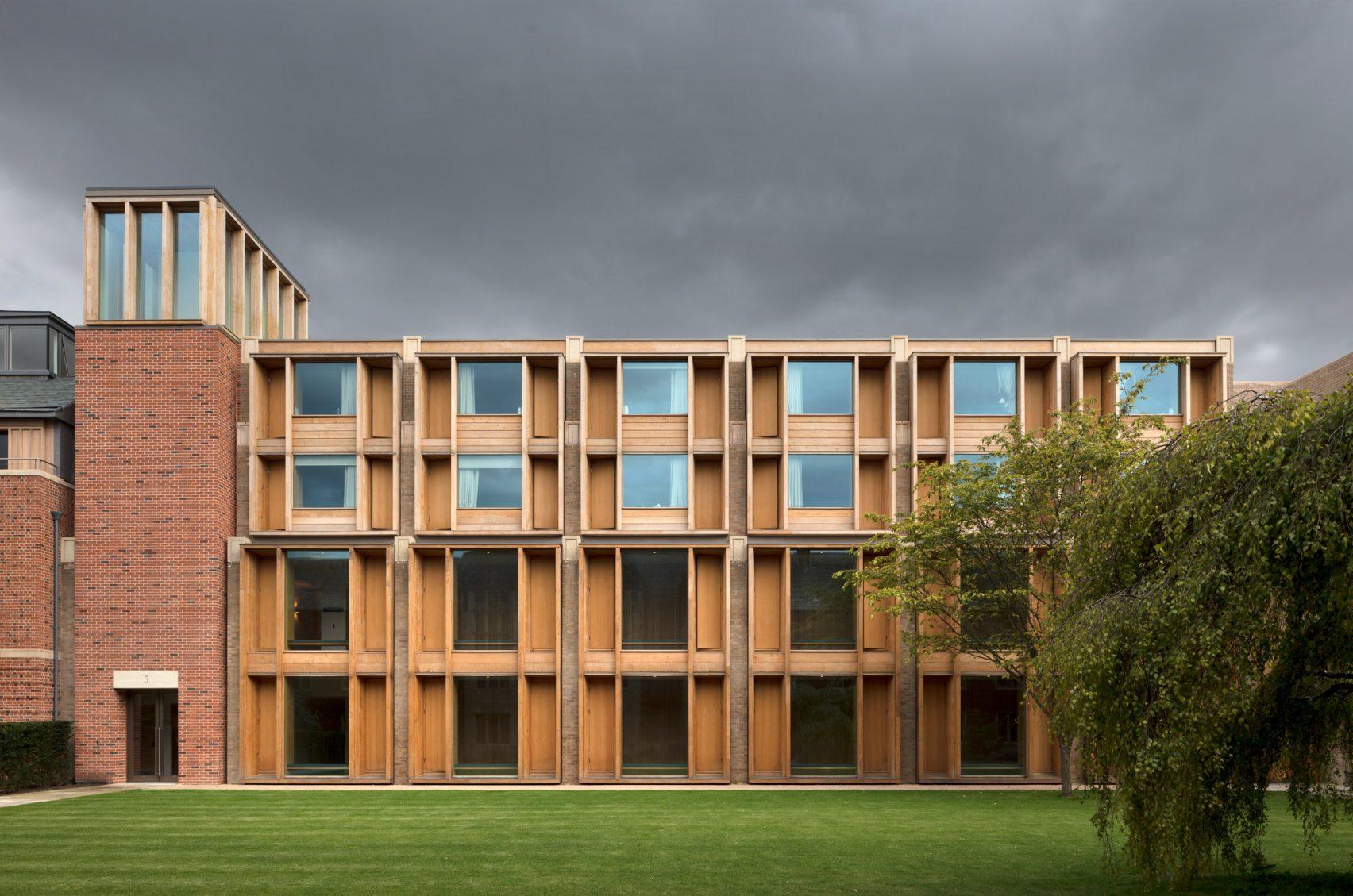 Реконструкция Колледжа Иисуса в Кембридже