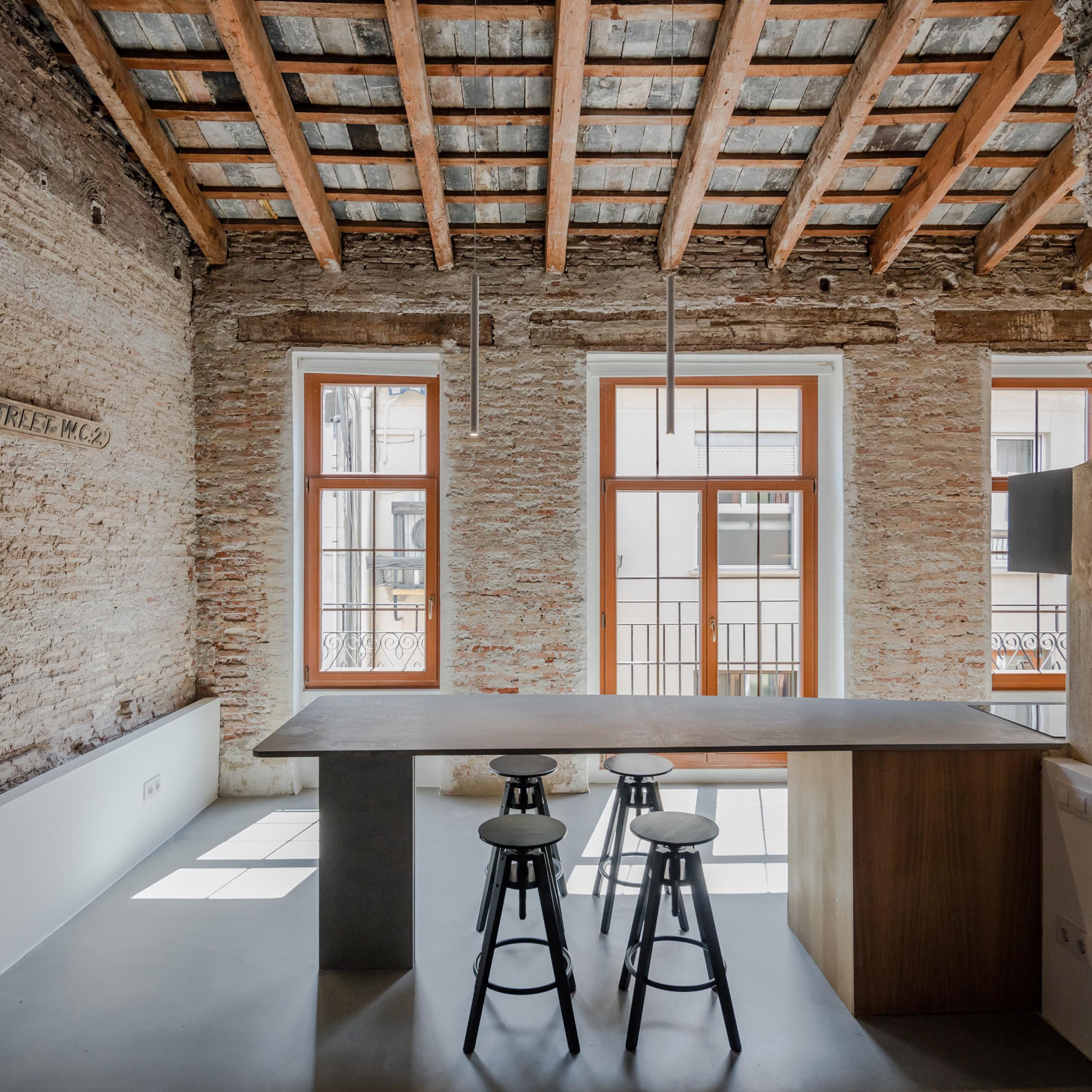 Apartment Musico Iturbi by Roberto di Donato