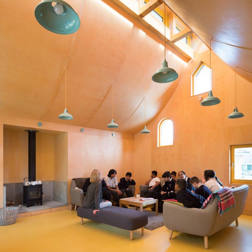 Belvue woodland school by Studio Weave
