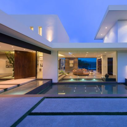 Whipple Russell Creates Modern White Mansion Overlooking Beverly Hills