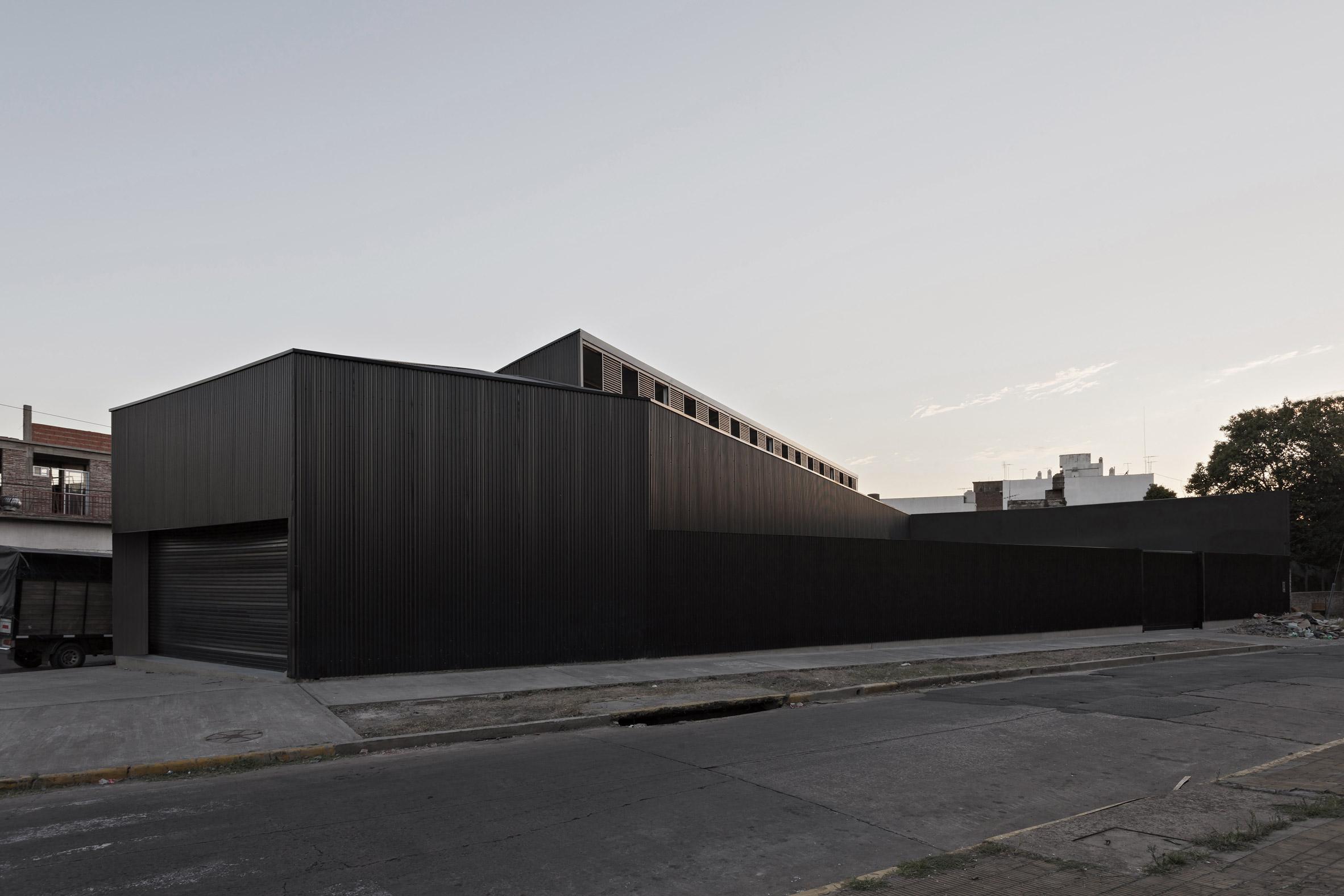 Caseros Depot by Moarqs