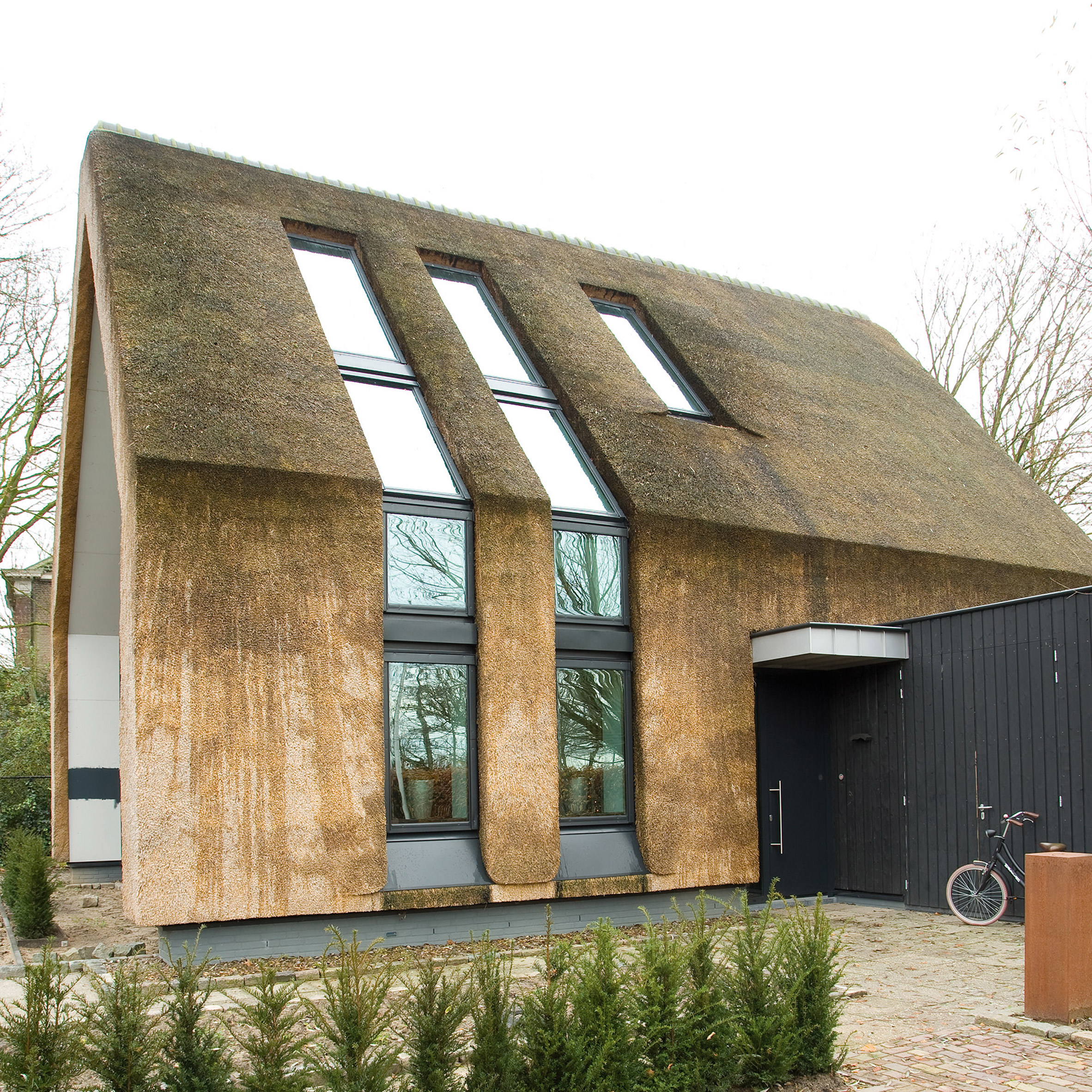 Fakro Collaborates With Architects To Integrate Roof Windows Into Homes