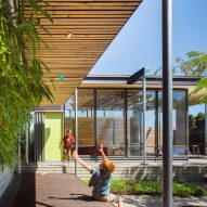 "Seattle garden studio by Wittman Estes offers model for ""courtyard urbanism"""