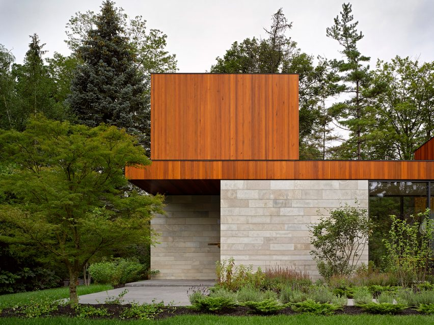 House on Ancaster Creek by Williamson Williamson