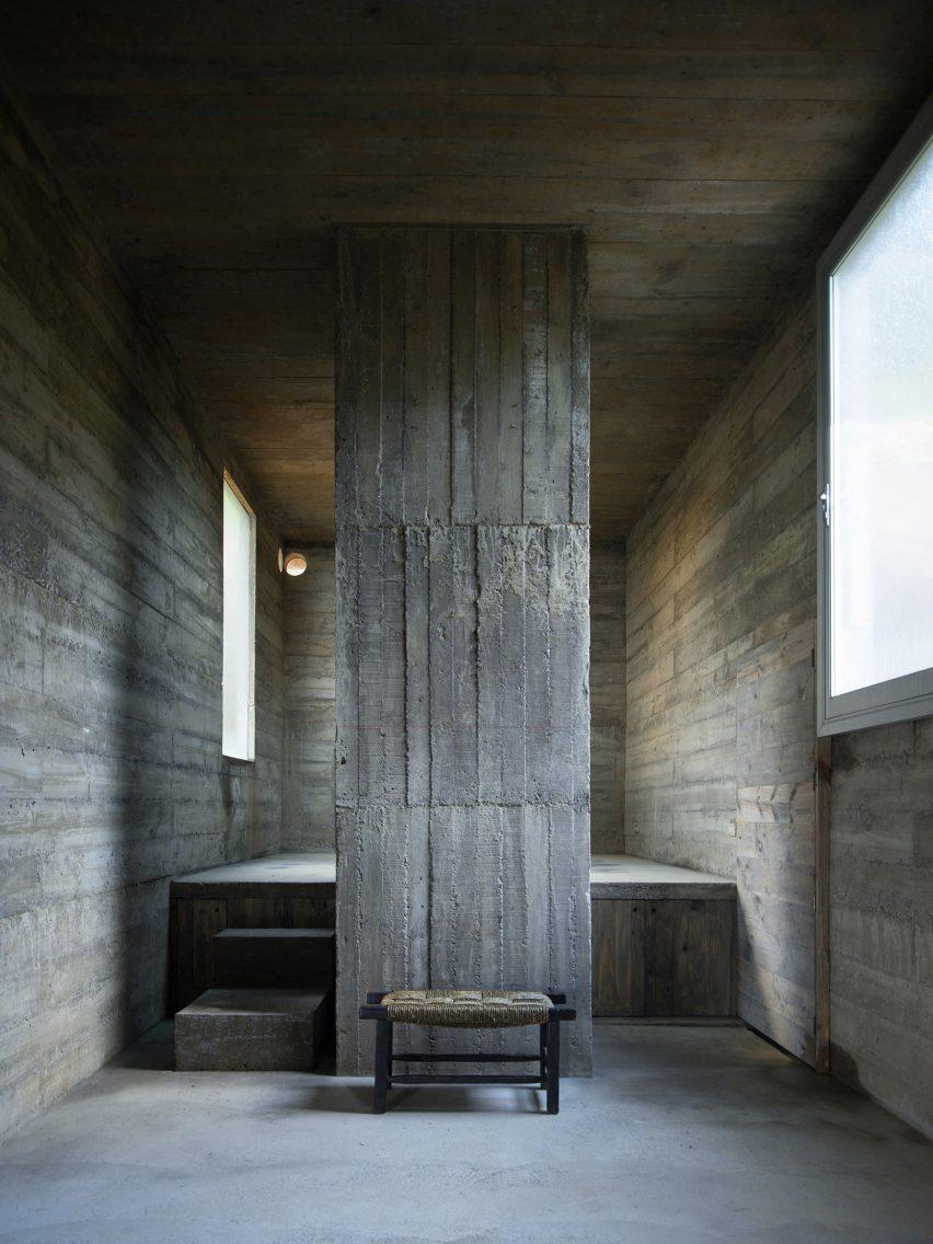 Loba house by Pezo von Ellrichshausen