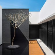 MV House by Studio Guilherme Torres
