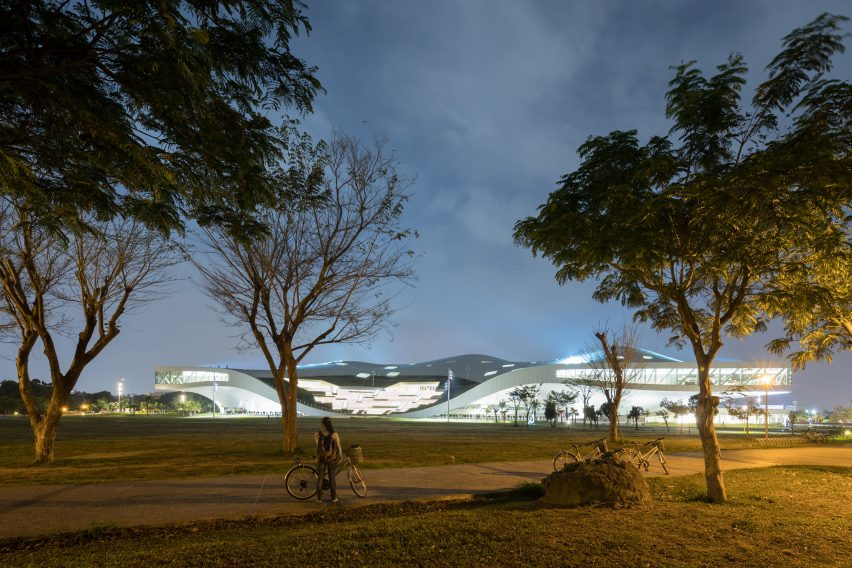 National Kaohsiung Center for the Arts by Mecanoo