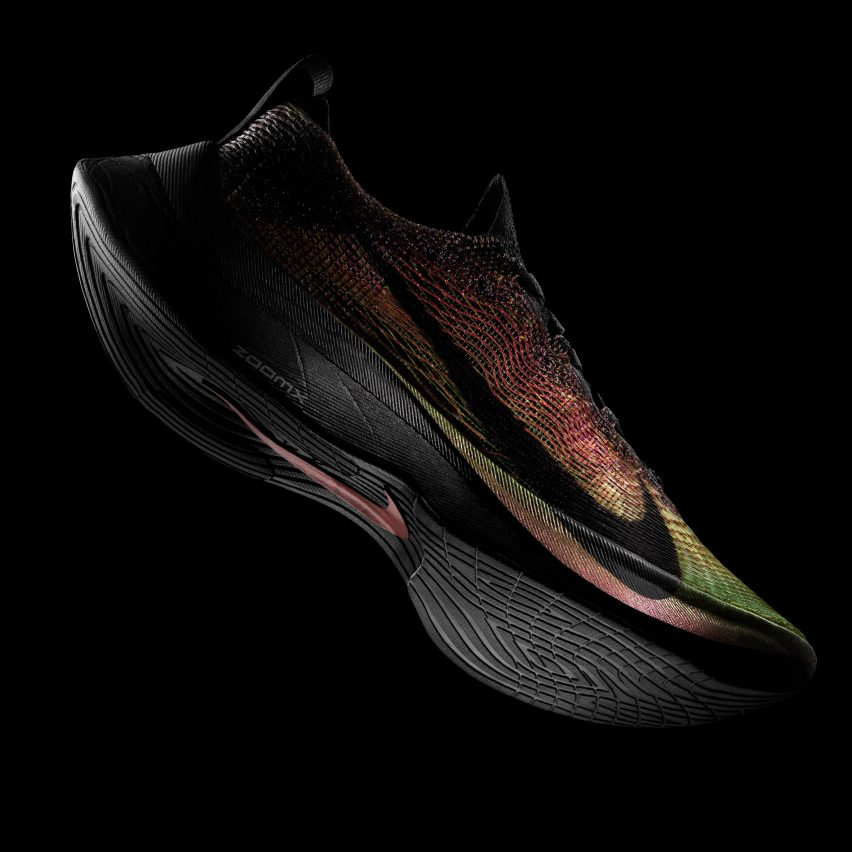 """Nike unveils """"world's first"""" running shoes with 3D-printed uppers"""