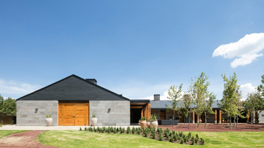 San Francisco Ranch by AE Arquitectos