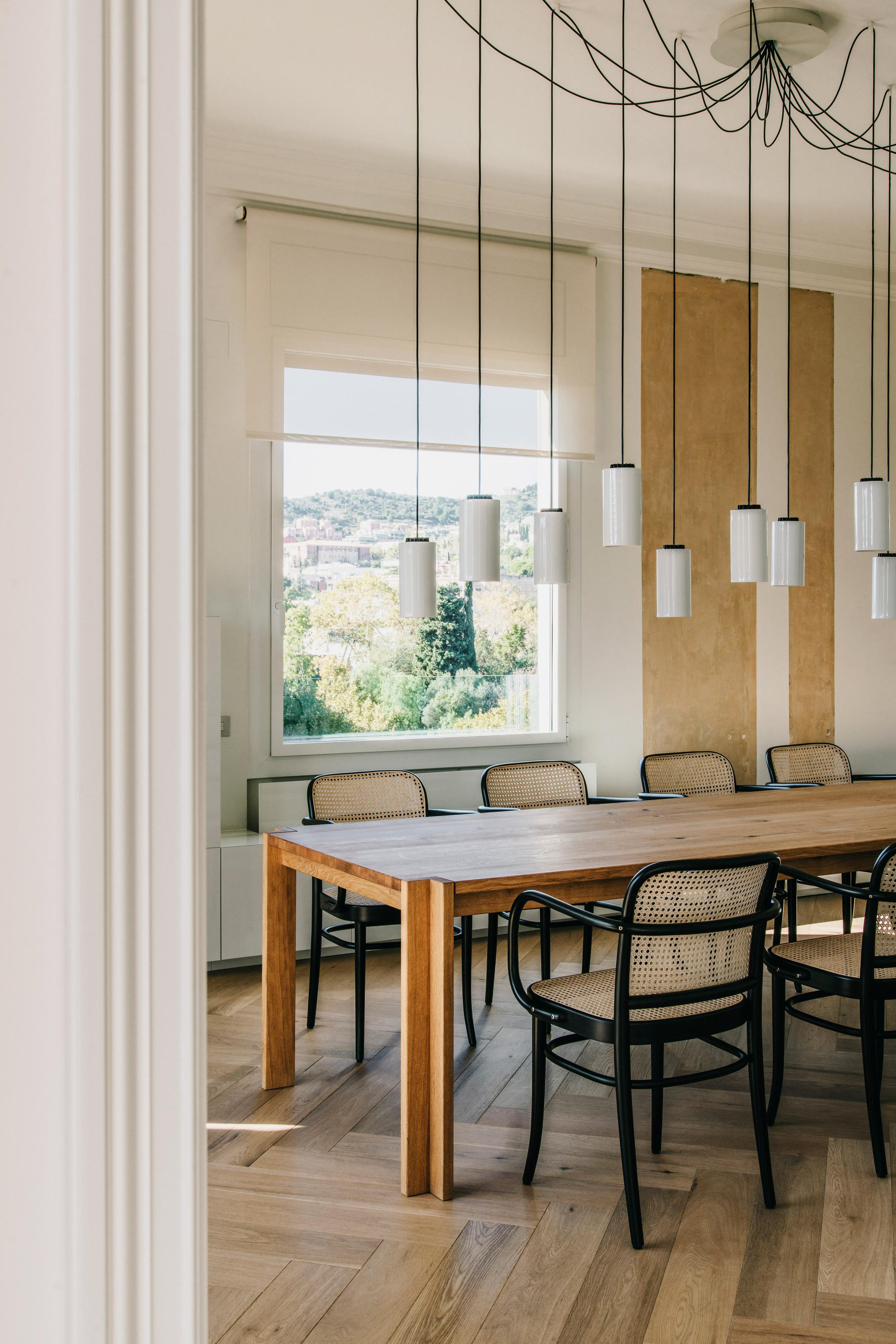 Sant Gervasi apartment by Isabel Lopez Vilalta