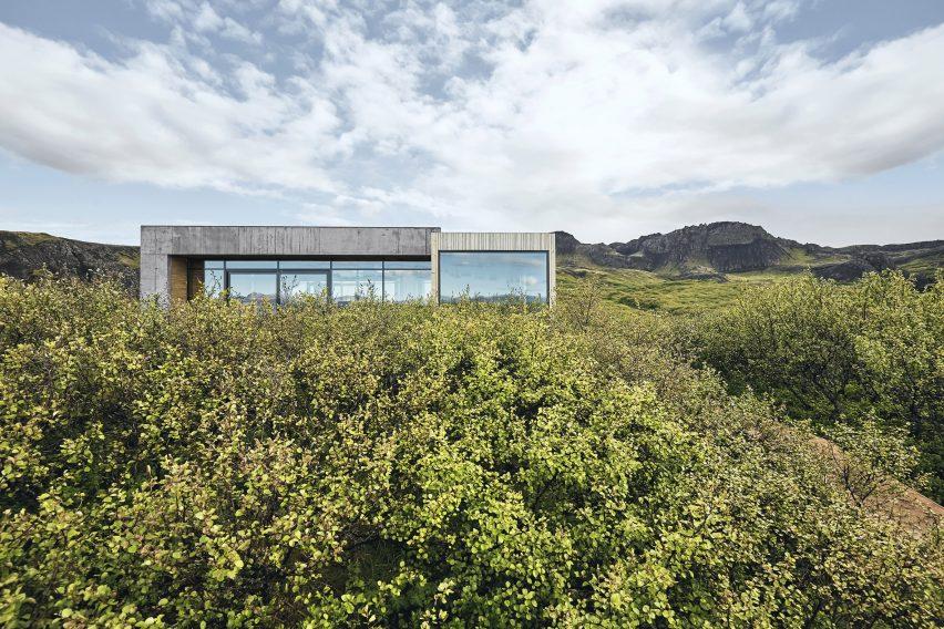 Summerhouse in South Iceland by Gláma Kím