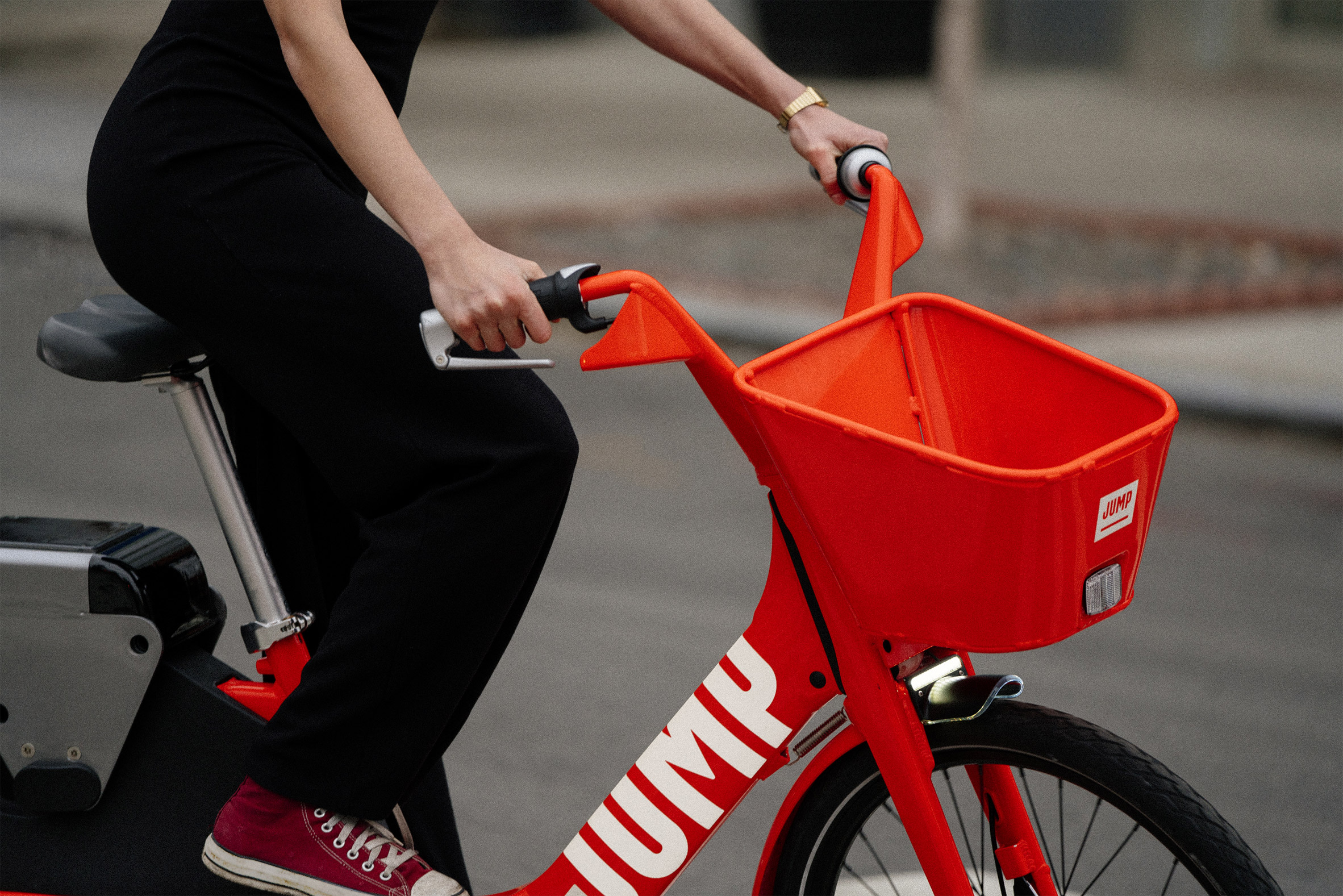 Uber acquires electric bike-sharing service Jump