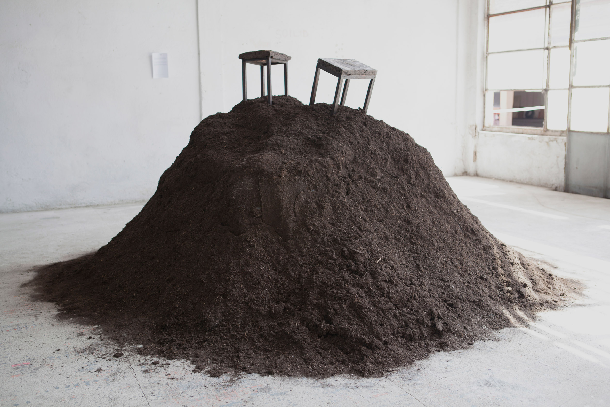 "Erez Nevi Pana designs ""guilt-free"" vegan furniture using salt and soil"