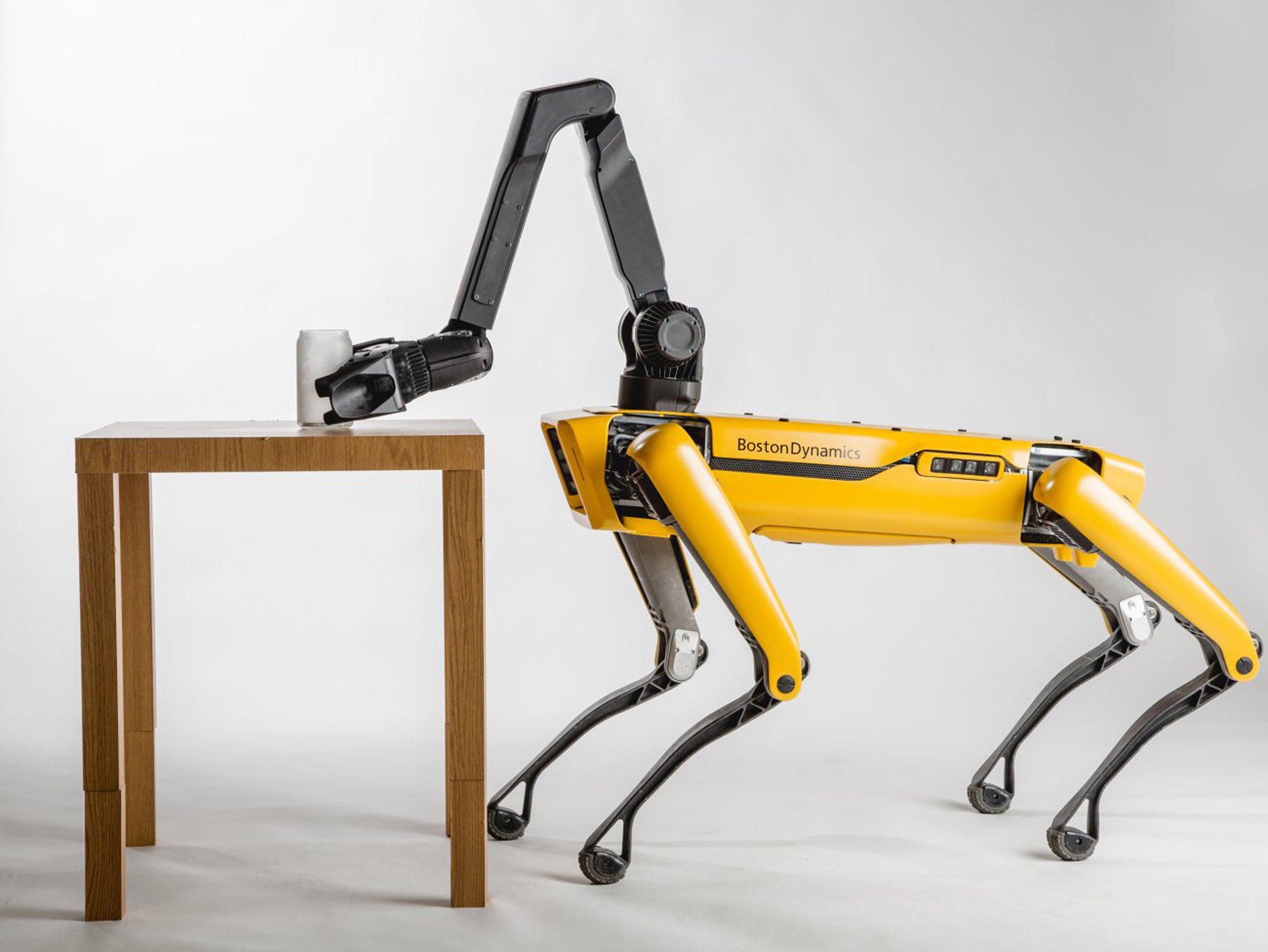 Boston Dynamics to start selling SpotMini robot as soon as 2019