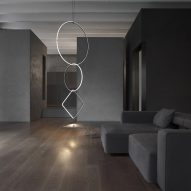 Michael Anastassiades creates modular lighting system based on jewellery chains for Flos