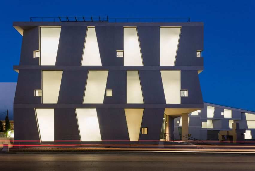 Glassel School of Art by Steven Holl