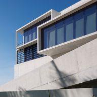 Oppenheim Architecture completes concrete GLF Headquarters along Miami riverwalk