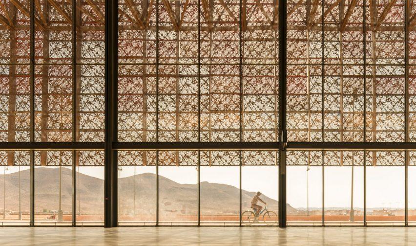 Марокканский пустынный аэропорт