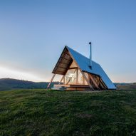 Remote Airbnb hut offers holidaymakers vistas over the Kimo Valley
