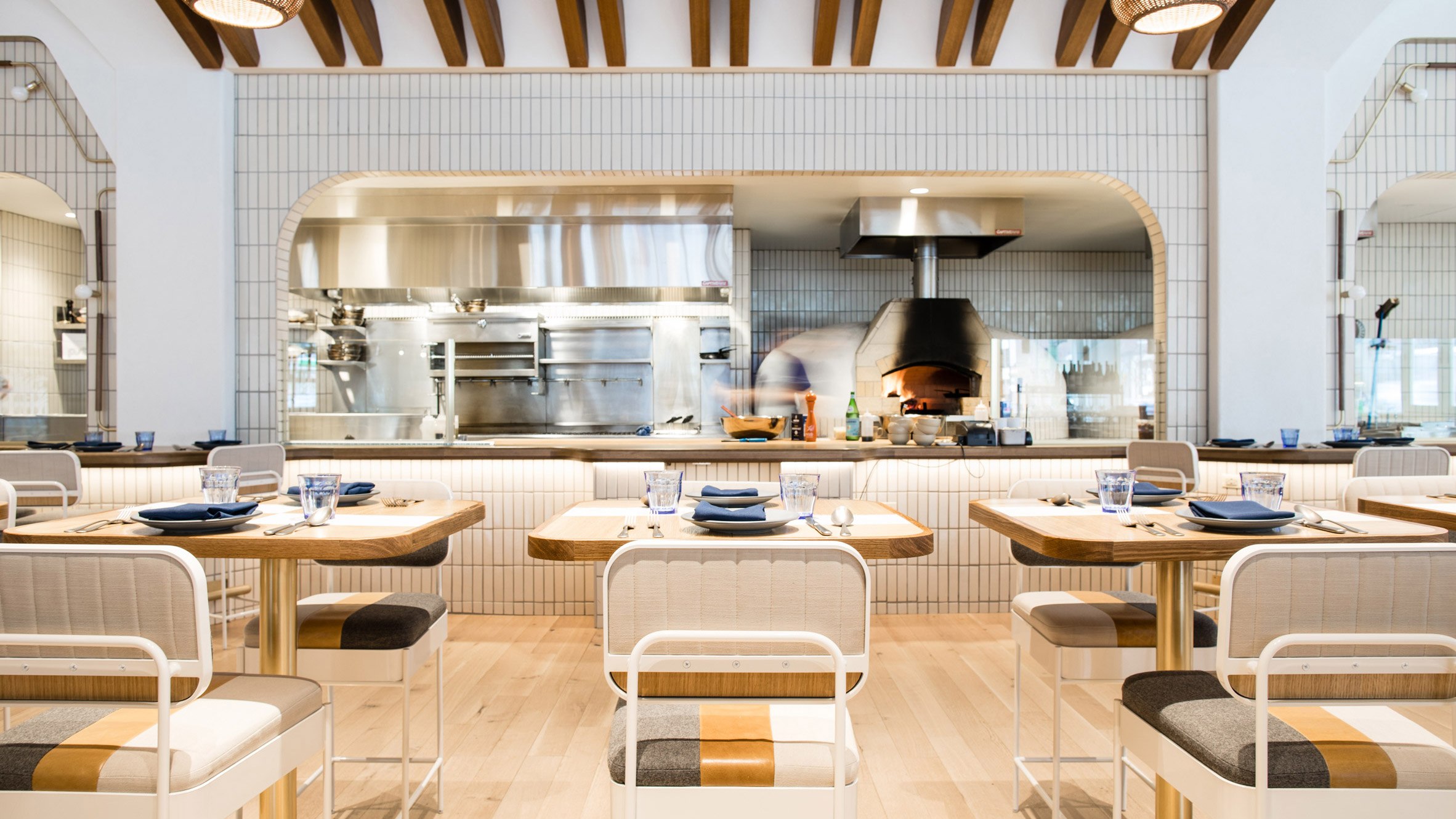 Parts And Labor Infuses Chicago Restaurant With Coastal