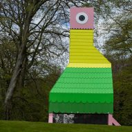 Charles Holland installs parrot-like pavilion in National Trust garden