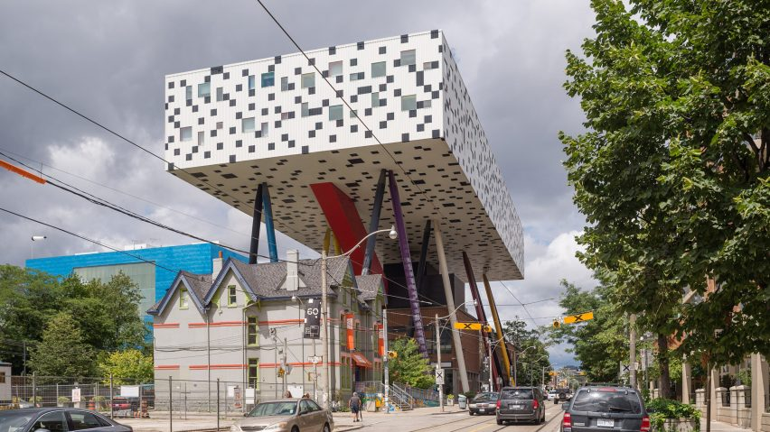 """Architecture industry pays tribute to """"true free spirit"""" Will Alsop"""